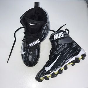 Nike Strike Shark Football Cleats
